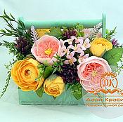 Цветы и флористика ручной работы. Ярмарка Мастеров - ручная работа Букет из конфет в деревянном ящике. Handmade.