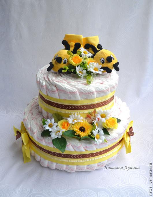"""Подарки для новорожденных, ручной работы. Ярмарка Мастеров - ручная работа. Купить Торт из памперсов """"Пчелки"""". Handmade. Желтый, подгузники"""