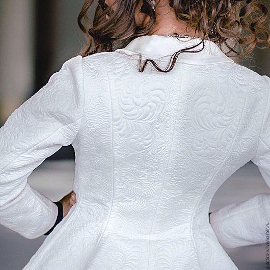 """Пиджаки, жакеты ручной работы. Ярмарка Мастеров - ручная работа. Купить Стеганый жакет """"Иней"""".. Handmade. Белый, модная одежда"""