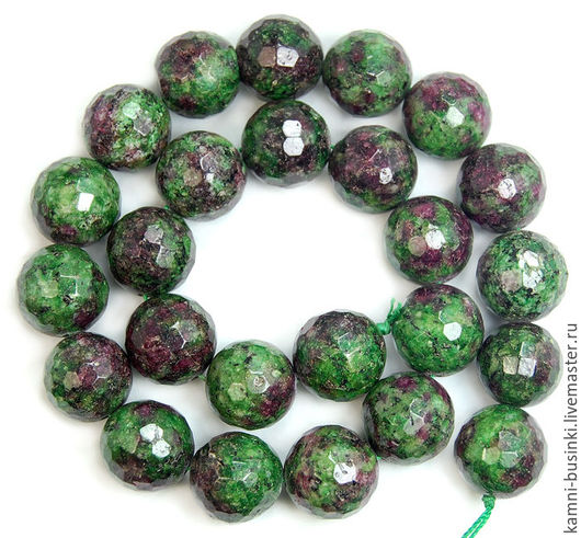 Рубин в циозите 16 мм бусина шар граненая. Бусины рубина для браслетов. Бусины циозита для колье. Бусины рубин в циозите для сережек. Бусины рубин в циозите для бус. Бусины рубин в циозите для ожерелья.