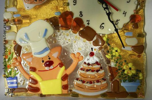 """Часы для дома ручной работы. Ярмарка Мастеров - ручная работа. Купить Часы , фьюзинг """"Налетай на пироги!"""". Handmade. Стекло, повар"""