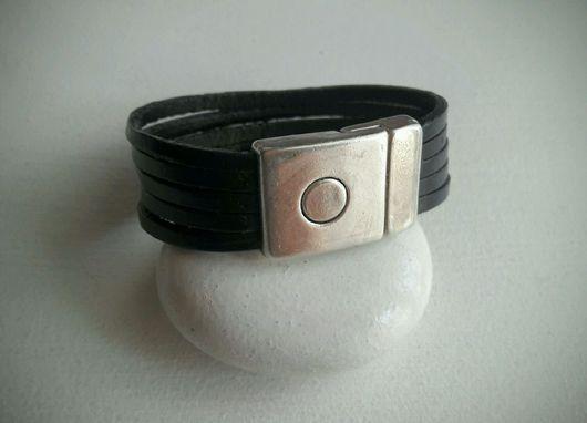 Браслеты ручной работы. Ярмарка Мастеров - ручная работа. Купить Кожаный браслет с магнитным замком. Handmade. Кожаный браслет