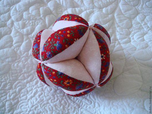 Мячик сшит по технологии японского шарика - темари. Елена Кубрина. Ярмарка мастеров.
