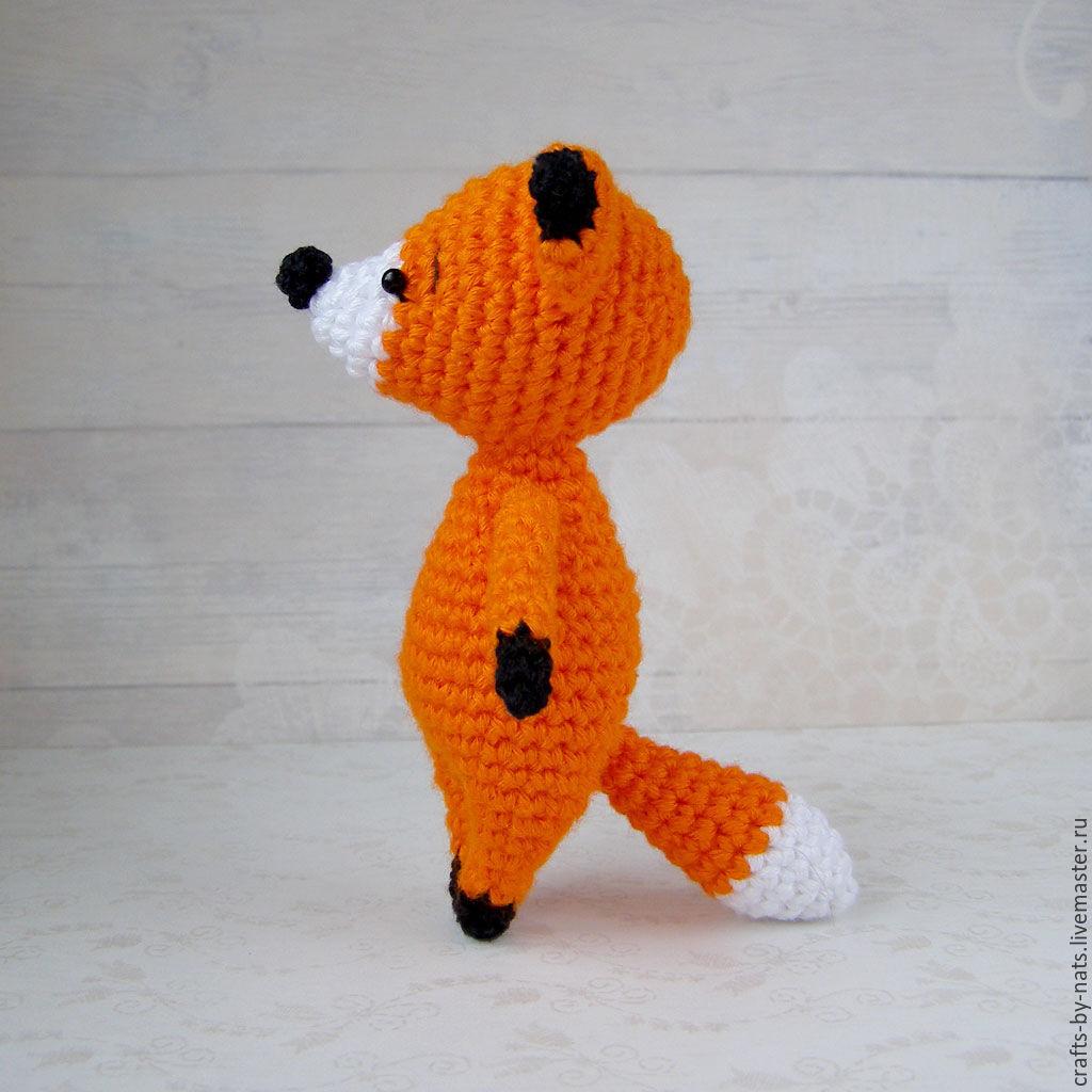 Пупс в костюме лисы крючком.
