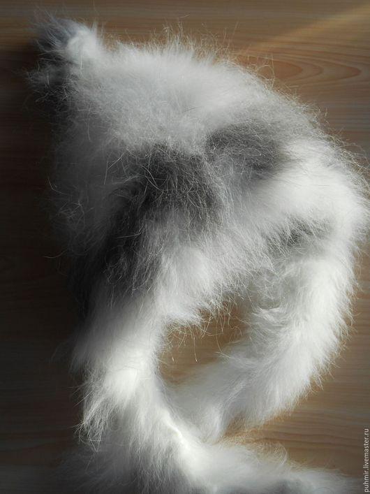 Шапка вязанная из кроличьего пуха .Для деток от 0 до 6 мес.Расцветки :белая,серая,белая с серым рисунком,серая с белым рисунком.Для новорожденных ,на 1 мес,на 2 мес,на 3 мес,на 4 мес,на 5 мес.