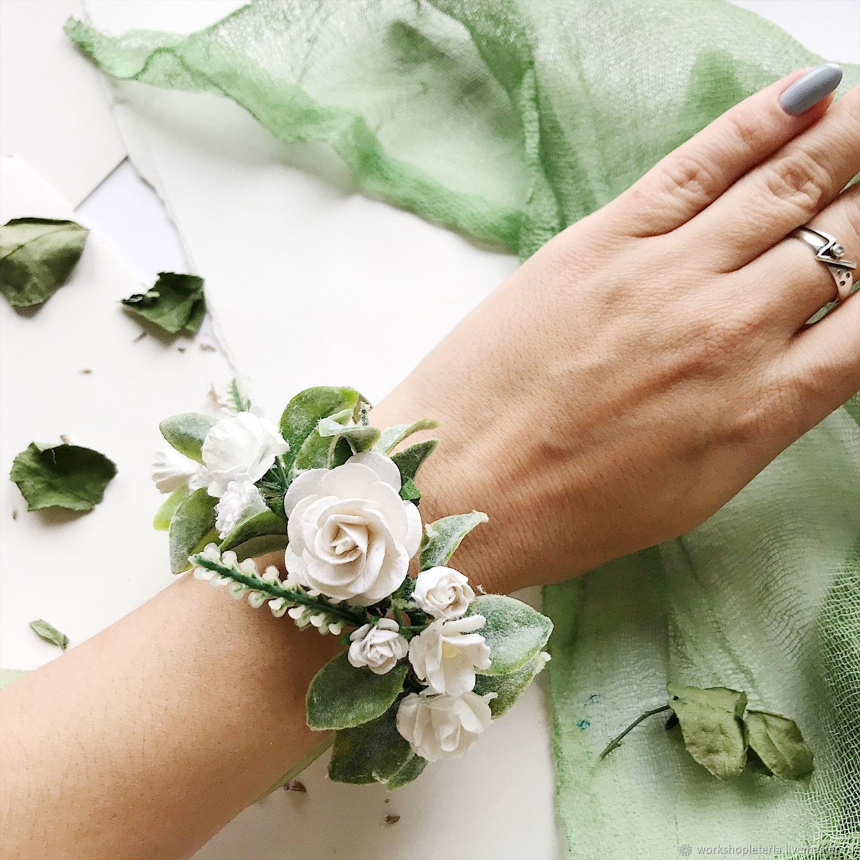 Браслет для подружек невесты с белыми цветами и зеленью, Б-41, Браслеты, Санкт-Петербург,  Фото №1