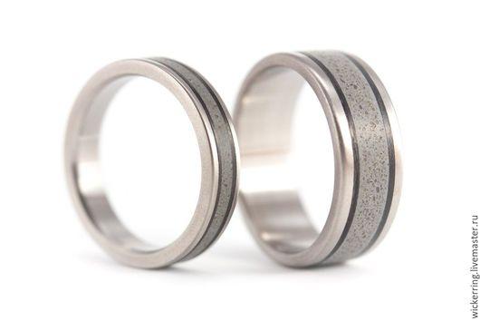 Обручальные кольца из титана и бетона от WickerRing