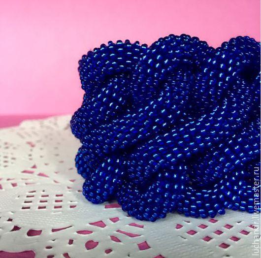 Купить браслет Синяя Бесконечность - крупный синий браслет из узлов и переплетений, массивный браслет, модный стильный браслет. Синий, джинс, ультрамарин. Магазин Украшений Лозбенева Юлия. Москва