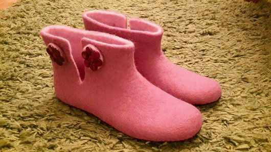 Обувь ручной работы. Ярмарка Мастеров - ручная работа. Купить Домашние чуни. Handmade. Шерсть, чуни валяные