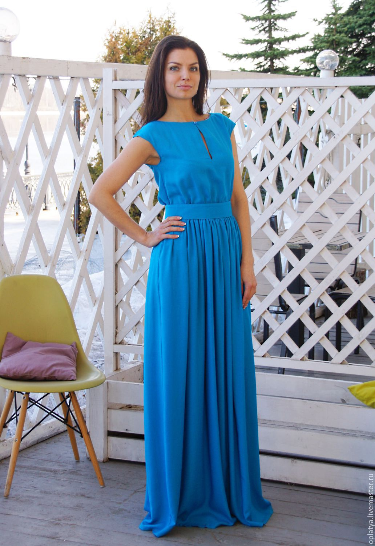 Длинное летнее синее платье