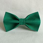 Аксессуары ручной работы. Ярмарка Мастеров - ручная работа Галстук-бабочка зеленый, детский и взрослый. Handmade.