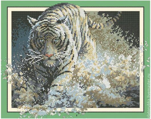 Тигр,бегущий по воде.
