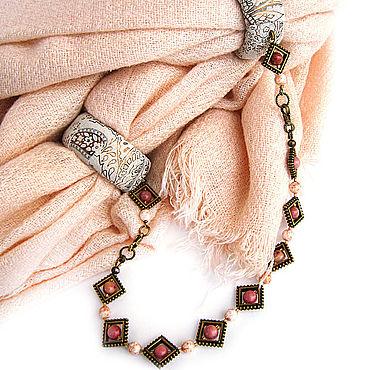 """Аксессуары ручной работы. Ярмарка Мастеров - ручная работа Шарф колье  """"Бисквит"""" с браслетом и бахромой. Handmade."""