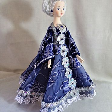 Souvenirs and gifts handmade. Livemaster - original item Gifts: Snow maiden Doll-box. Handmade.