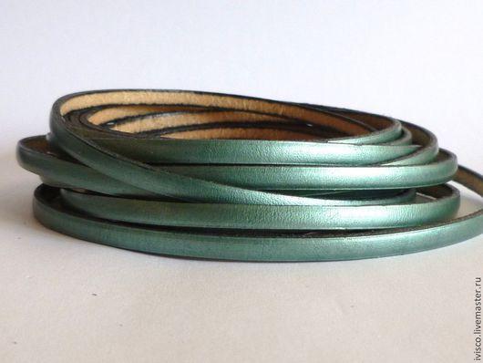 Для украшений ручной работы. Ярмарка Мастеров - ручная работа. Купить Кожаный шнур 5х2мм изумрудный перламутровый. Handmade.