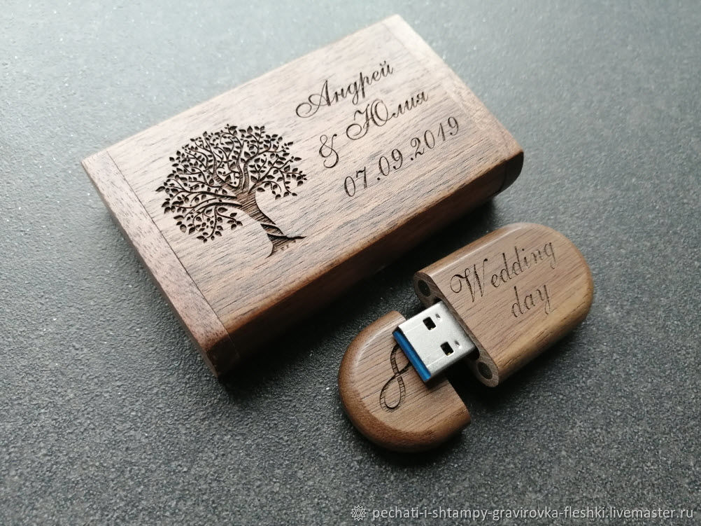 Wooden USB flash drive with engraving up to 32 GB (memory card, souvenir), Flash drives, Barnaul,  Фото №1