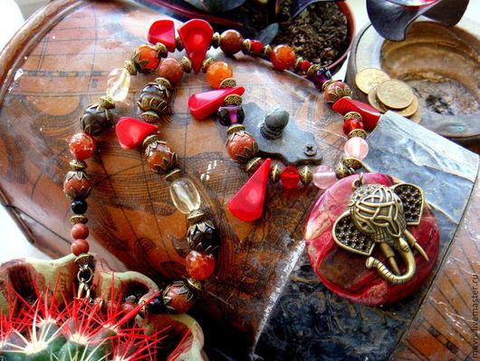 """Колье, бусы ручной работы. Ярмарка Мастеров - ручная работа. Купить Колье """"Индийский слон"""". Handmade. Ярко-красный, подарок"""