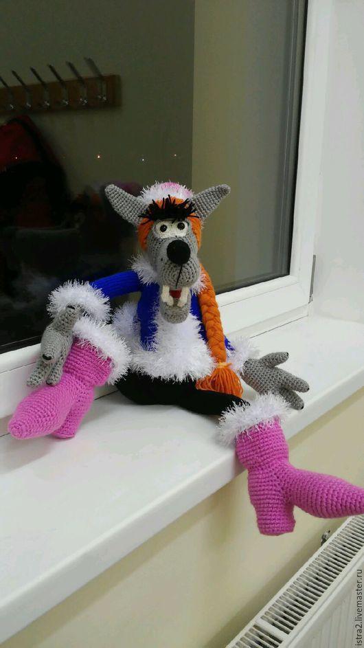 Игрушки животные, ручной работы. Ярмарка Мастеров - ручная работа. Купить Волк в кастюме снегурочки. Handmade. Подарок на новый год