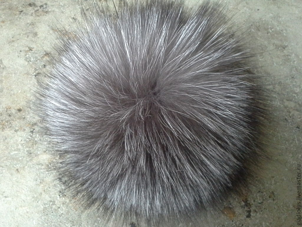Купить Меховой помпон из чернобурки. - серебряный, помпоны, аксессуары, меховые, чернобурки, натуральный, мех, песец