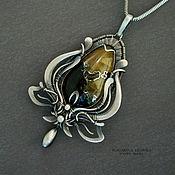 Украшения ручной работы. Ярмарка Мастеров - ручная работа серебряный кулон Желто-черная лилия. Handmade.