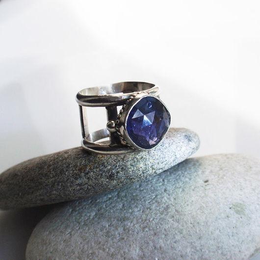 """Кольца ручной работы. Ярмарка Мастеров - ручная работа. Купить Кольцо """"Ponti"""". Иолит, серебро. Handmade. Синий, широкое кольцо"""