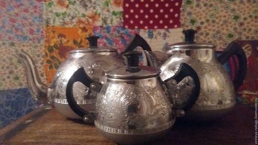 набор для кофе или чая, винтаж, , металл. в отличном состоянии. Для украшения интерьера кухни, экспозиций времен СССР, для использования по назначению. Для дома, дачи.