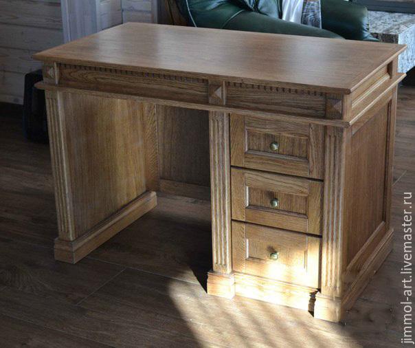 Письменный стол дубовый