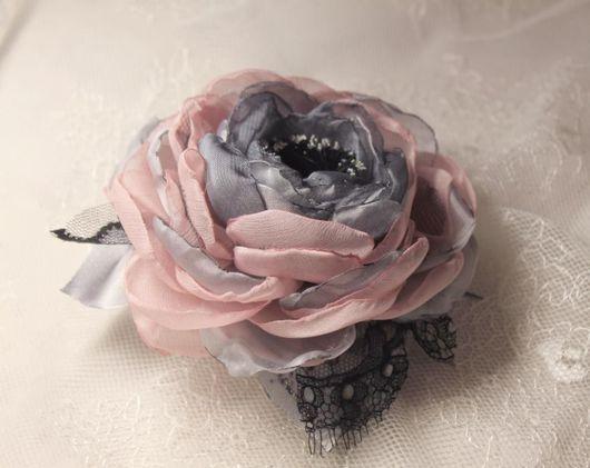 """Броши ручной работы. Ярмарка Мастеров - ручная работа. Купить Роза-брошь """"Grigio e rosa"""". Handmade. Роза-брошь"""