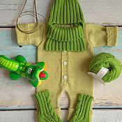 Работы для детей, ручной работы. Ярмарка Мастеров - ручная работа Вязаный комплект одежды на выписку из шерстяной пряжи. Handmade.