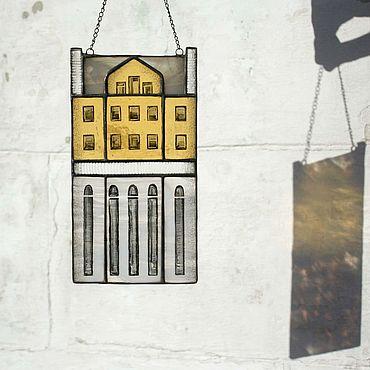Для дома и интерьера ручной работы. Ярмарка Мастеров - ручная работа Домики: Витражная подвеска-домик. Handmade.