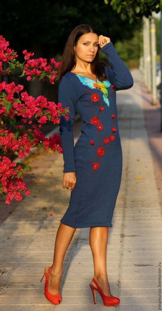 """Платья ручной работы. Ярмарка Мастеров - ручная работа. Купить Платье """"Колибри"""". Handmade. Синий, Вышивка бисером, эксклюзивное платье"""