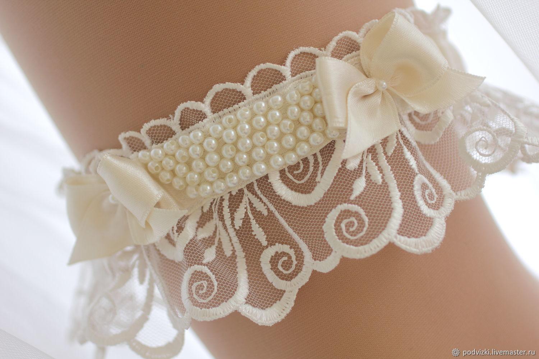 5702b1ed7 Clothing   Accessories handmade. Garter for wedding bride  emerald . Wedding  Dreams.