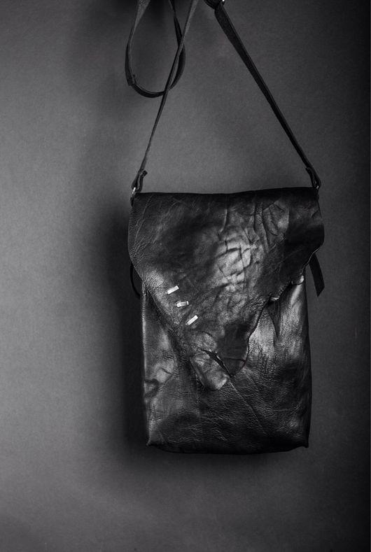 Женские сумки ручной работы. Ярмарка Мастеров - ручная работа. Купить Кожаная сумка с мельхиоровым декором. Handmade. Сумка женская