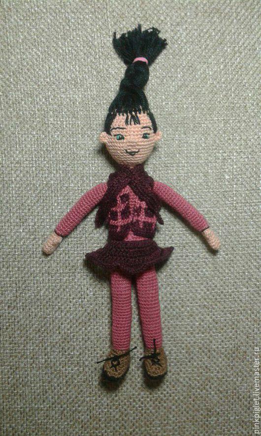 Человечки ручной работы. Ярмарка Мастеров - ручная работа. Купить Кукла Петуния. Handmade. Бордовый, вязаная кукла, шарфик, холофайбер