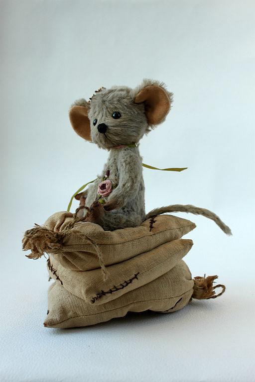 Мишки Тедди ручной работы. Ярмарка Мастеров - ручная работа. Купить Тедди Мышка Принцесса на горошине. Handmade. Серый
