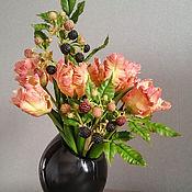 Цветы и флористика ручной работы. Ярмарка Мастеров - ручная работа Букет с ежевикой и тюльпанами. Handmade.
