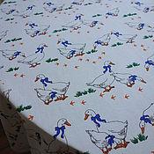 """Для дома и интерьера ручной работы. Ярмарка Мастеров - ручная работа Скатерть """"Гуси""""на белом, льняная. Handmade."""