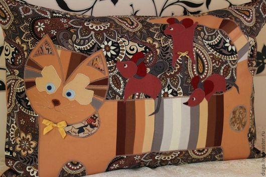 """Текстиль, ковры ручной работы. Ярмарка Мастеров - ручная работа. Купить Декоративная наволочка """"Кошки-мышки"""" № 255. Handmade."""