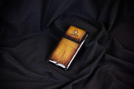 Для телефонов ручной работы. Ярмарка Мастеров - ручная работа. Купить Чехол для iPhone 7plus/6 plus/6s plus c Орденом Бронзовой Лилии № 99i. Handmade.