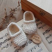 Работы для детей, handmade. Livemaster - original item Knitted booties for babies