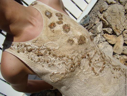 Платья ручной работы. Ярмарка Мастеров - ручная работа. Купить Валяное платье Злато скифов. Handmade. Бежевый, валяная одежда