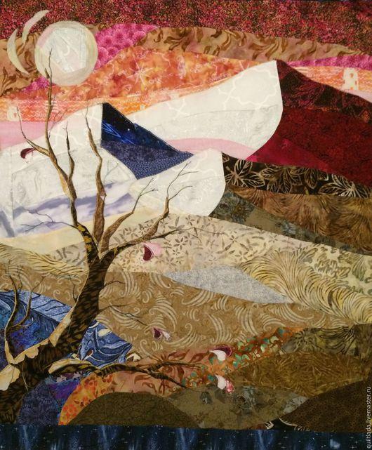 """Текстиль, ковры ручной работы. Ярмарка Мастеров - ручная работа. Купить """"Весна в горах""""  лоскутное  одеяло. Handmade. Пэчворк, романтика"""