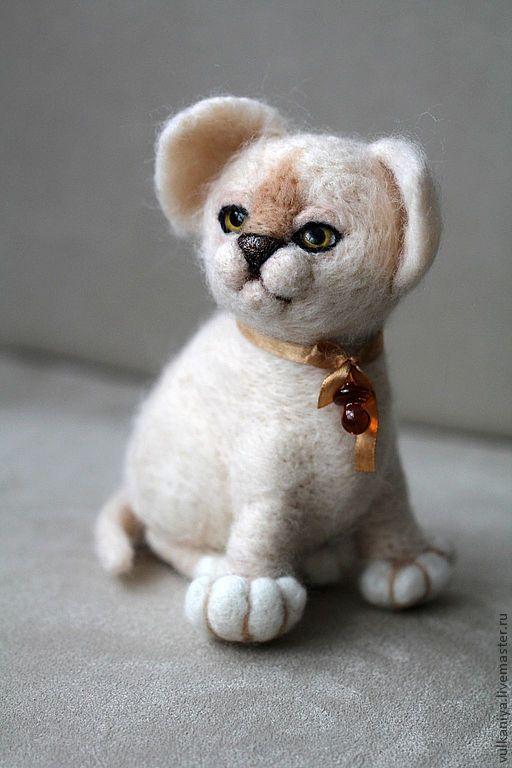 Игрушки животные, ручной работы. Ярмарка Мастеров - ручная работа. Купить Котёнок Перси. Handmade. Бежевый, шерсть 100%