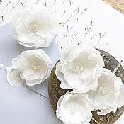 Свадебный салон ручной работы. Ярмарка Мастеров - ручная работа Цветы для прически, невидимки с цветами, цветочные заколки. Handmade.
