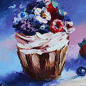 Картины и панно handmade. Livemaster - original item Oil painting Cupcake 20/15 cm.. Handmade.