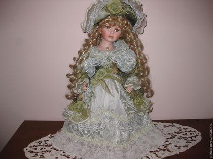Винтажные куклы и игрушки. Кукла фарфоровая коллекционная