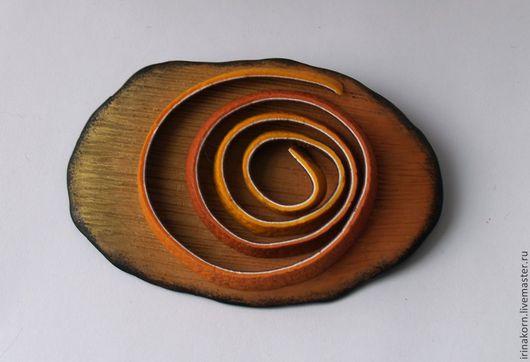 Брошь Корка - имитация апельсиновой корки, яркая эффектная, большого размера.