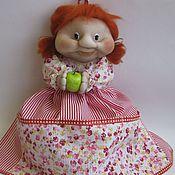 Для дома и интерьера ручной работы. Ярмарка Мастеров - ручная работа Пакетница кукла  Маруся с яблочком. Handmade.