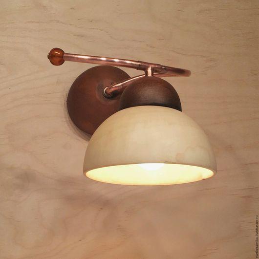 Освещение ручной работы. Ярмарка Мастеров - ручная работа. Купить Настенный светильник из дерева и керамики (диаметр 16 см). Handmade.