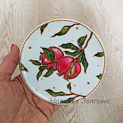 Картины и панно handmade. Livemaster - original item Decorative plate of Pomegranates. Stained glass painting.Gift to a woman. Handmade.